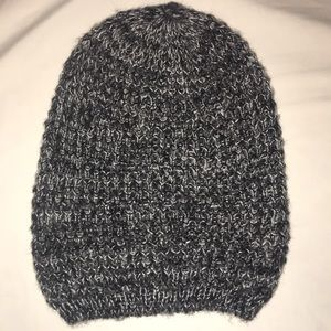 Charcoal grey and white loose knitted beanie